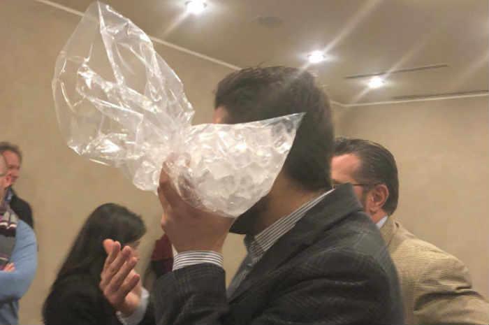 candidato ipasvi milano colpito al volto