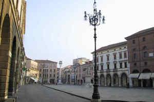 Rovigo, un posto a tempo indeterminato per infermiere