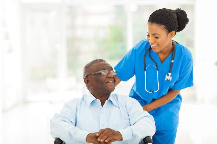 infermiera straniera