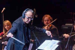 Sanremo, dirige l'orchestra l'infermiere di laboratorio