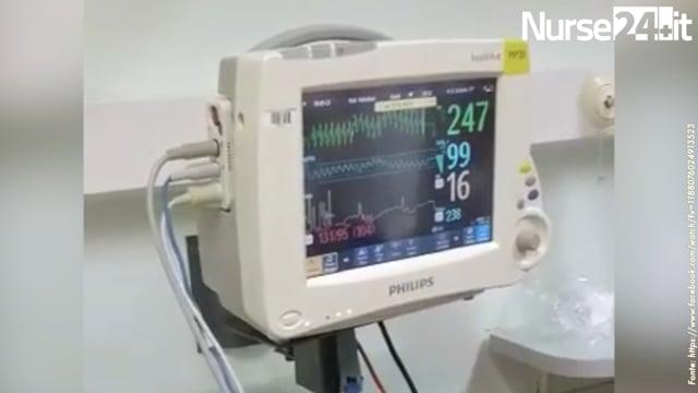Cardioversione elettrica in corso