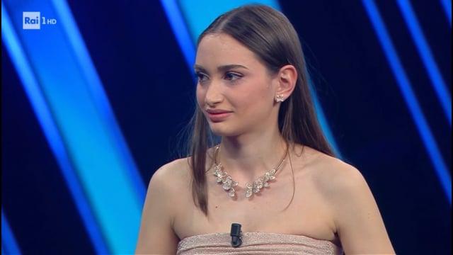 Alessia Bonari, l'infermiera simbolo della lotta al Covid sul palco di Sanremo 2021