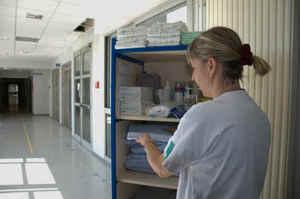 Sassari, mancano Oss e l'igiene dei pazienti viene rimandata