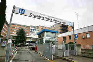 Schiaffi all'infermiera: Condannata a 6mila euro di risarcimento