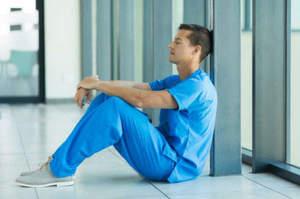 Oss tra burnout e lavoro gravoso