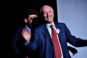 Servono evidenze scientifiche e il Gimbe premia Piero Angela