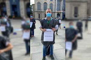 Eroi già dimenticati, a Torino protestano gli infermieri