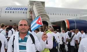 Ebola, 102 infermieri cubani partiti per Sierra Leone